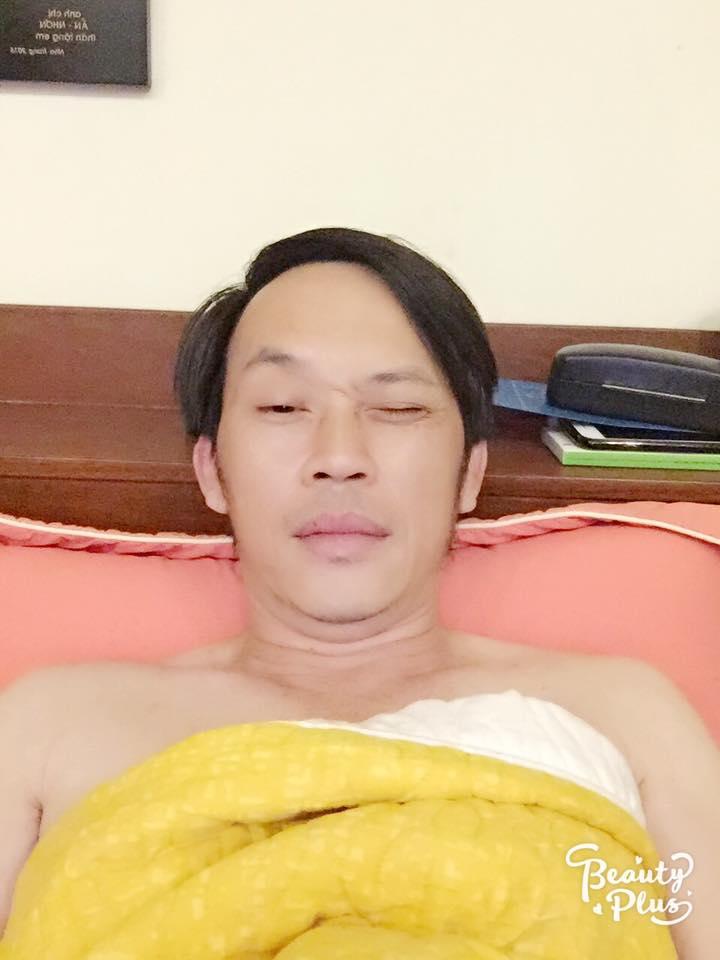"""Vợ cũ Phan Thanh Bình lại khoe ảnh bên """"trai lạ"""" - 13"""