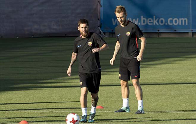 Siêu kinh điển Barca - Real: Messi ủ mưu hạ Ramos, thừa cơ Ronaldo dự bị - 2