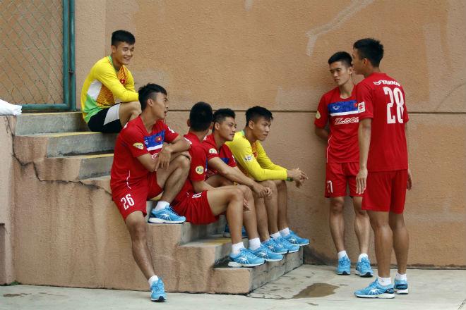 U22 Việt Nam chốt danh sách SEA Games: Công Phượng có bị loại? - 1