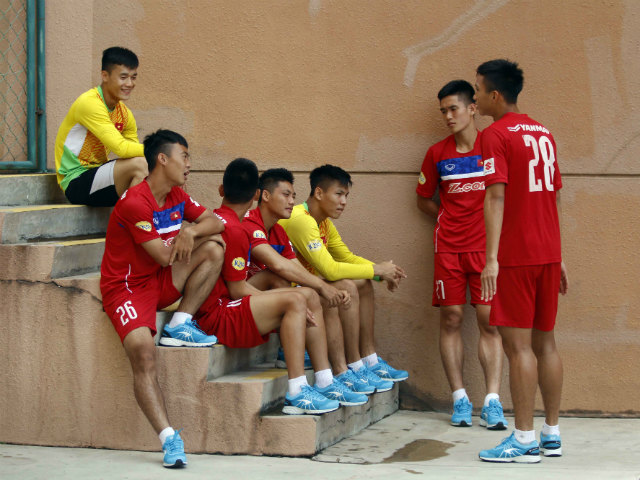 U22 Việt Nam chốt danh sách SEA Games: Công Phượng có bị loại?