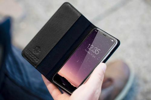 Các tín đồ iPhone 8 sẽ phải chờ dài cổ tới tháng 11 - 1