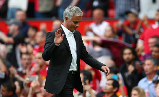 """Ấn tượng MU: Mourinho lạnh lùng, Lukaku """"điên"""" cùng Pogba - 16"""