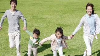 Vì sao uống sữa tươi hàng ngày giúp gia đình bạn năng động, vui khỏe hơn?