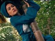Hot girl hứng nhiều gạch đá vì làm bình hoa di động trên phim