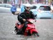 Hai miền Nam-Bắc mưa trắng trời, Trung Bộ giảm nắng