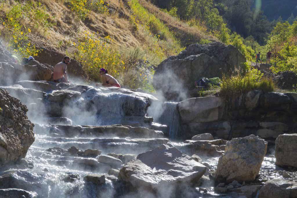 Quên đi sự đời tại 10 suối nước nóng bình yên, đẹp tuyệt trần - 11