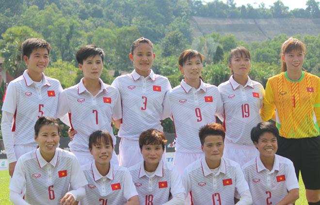 """SEA Games: Gồng mình ở """"lò thiêu"""", tuyển nữ Việt Nam vẫn ca khúc khải hoàn - 1"""