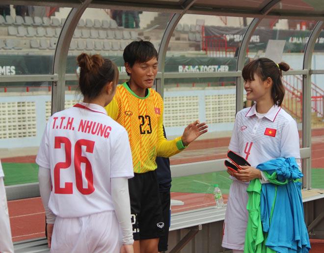 """SEA Games: Gồng mình ở """"lò thiêu"""", tuyển nữ Việt Nam vẫn ca khúc khải hoàn - 11"""