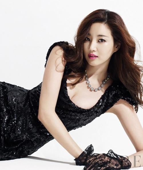 Loạt váy áo đốt mắt của Hoa hậu Hàn quốc có thân hình đẹp nhất - 13