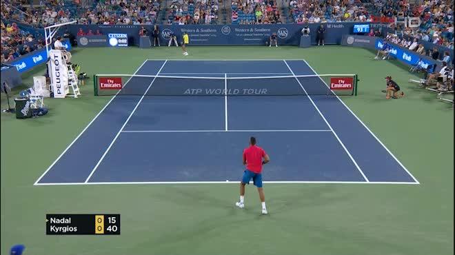 "Chung kết Cincinnati: ""Tiểu Federer"" đấu ""trai hư"" Kyrgios, tìm minh chủ"