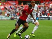 """Video, kết quả bóng đá Swansea - MU: Triệt hạ """"Thiên nga đen"""" bằng bóng bổng (Hiệp 1)"""