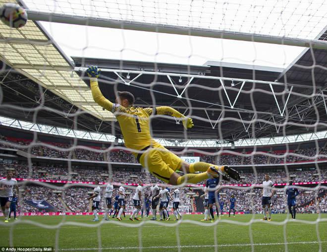Góc chiến thuật Tottenham – Chelsea: Mũi dao bất ngờ của Conte - 4