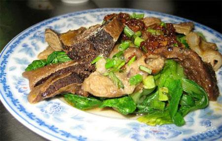 Đến Bình Định chỉ cần ăn gié bò, nhâm nhi ly rượu bàu đá là khoái quên đường về - 4