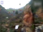 Phi thường - kỳ quặc - Đàn gà bay ào ào như chim ở Trung Quốc