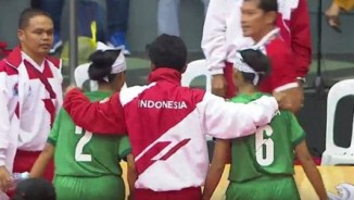 """Rúng động """"hội làng"""" SEA Games: Bị xử ép, đoàn Indonesia bỏ cuộc"""