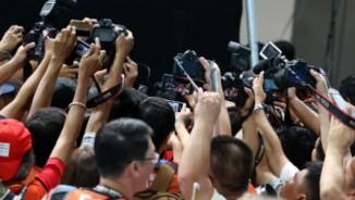 Ánh Viên lập kỷ lục: Thầy Tuấn làm gì giúp trò khiến báo chí phát sốt?