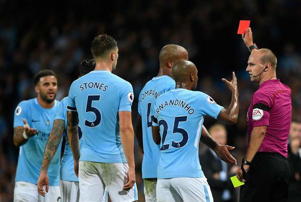 Man City bị cầm hòa, Pep Guardiola bóng gió chỉ trích trọng tài - 1