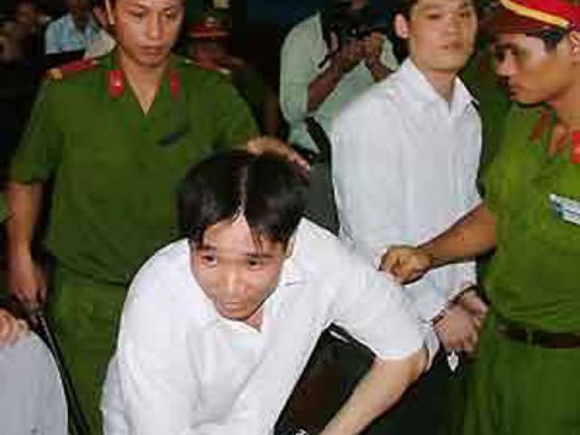 Trầm Bê lần đầu nếm trái đắng: Con trai bị giang hồ bắt cóc (Kỳ cuối)