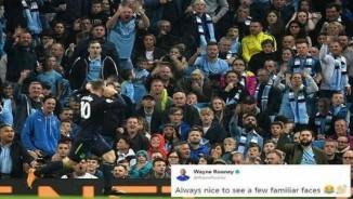 """Rooney chọc tức Man City: Triệu fan MU tung hô """"Quý ngài 200"""" huyền thoại"""