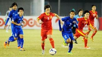"""TRỰC TIẾP bóng đá Nữ Việt Nam - Nữ Thái Lan: Tinh thần rực lửa, quyết đoạt """"ngôi hậu"""""""
