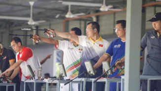 Chấn động SEA Games: Hoàng Xuân Vinh thua sốc súng ngắn 50m