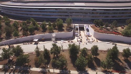Chiêm ngưỡng trụ sở mới hình phi thuyền siêu đẹp của Apple - 6