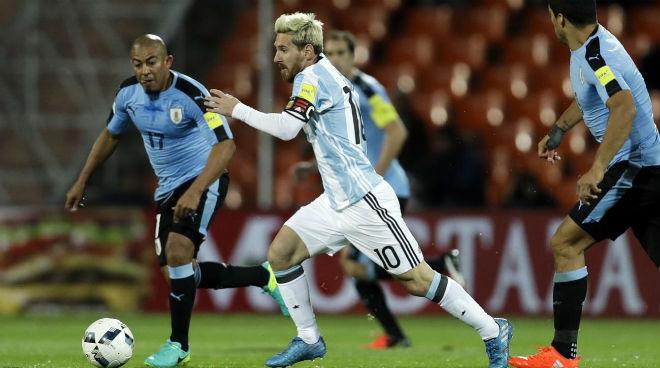 """ĐT Argentina lâm nguy: Messi trở lại, quyết sắm vai """"Thần hộ mệnh"""" - 6"""