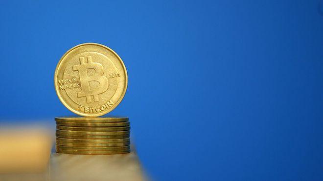 Đầu tư tiền ảo Bitcoin - Những trò chơi may rủi - 1