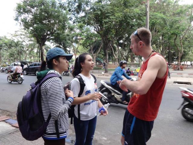 Muốn học tiếng Anh, ra công viên nhanh