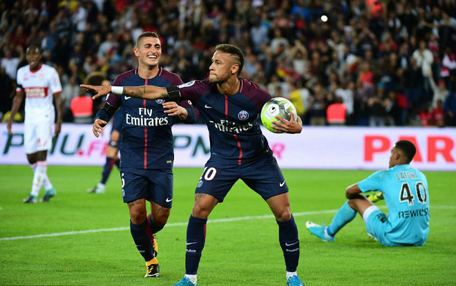 Fan MU có sốc: Neymar 198 triệu bảng kém xa R.Giggs giá 2 tỷ bảng - 1