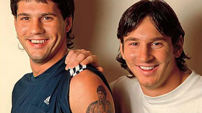 Messi vui buồn lẫn lộn: Vợ xinh báo tin mừng, anh trai thoát chết - 3