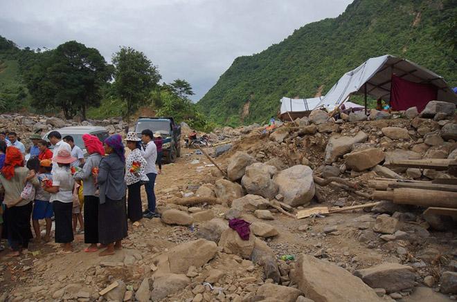 Dekalb Việt Nam chung tay hỗ trợ bà con tại tâm lũ Sơn La - 2