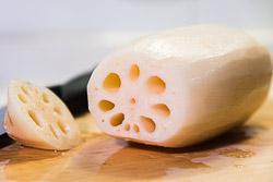 Ngó sen nhồi gạo nếp mật ong thơm ngọt cho mâm cơm dịp lễ Vu Lan - 5