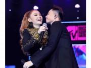Minh Hằng bị trai đẹp cưỡng hôn táo bạo