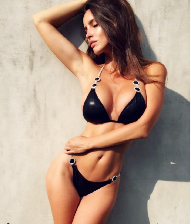 """Nữ vận động viên có """"đào tiên"""" 92cm bỏ nghề làm mẫu nude - 3"""