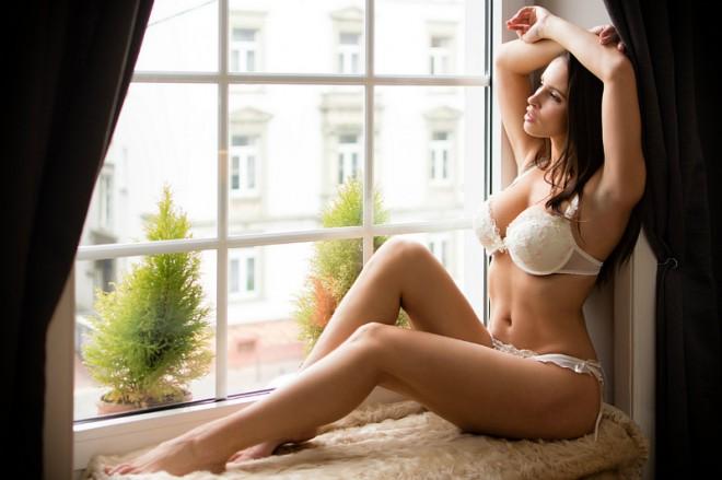 """Nữ vận động viên có """"đào tiên"""" 92cm bỏ nghề làm mẫu nude - 6"""