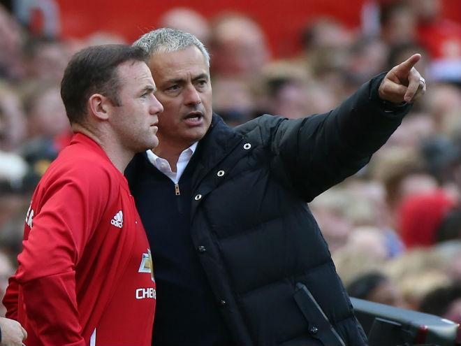 """MU thâm cung bí sử: Rooney """"đổ lỗi"""" Mourinho, ca ngợi Lukaku - 1"""