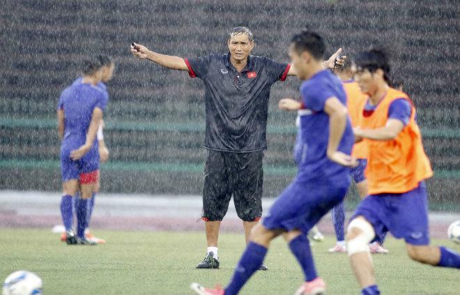 2 cha con họ Thái khiến đội tuyển Việt Nam sững người - 3