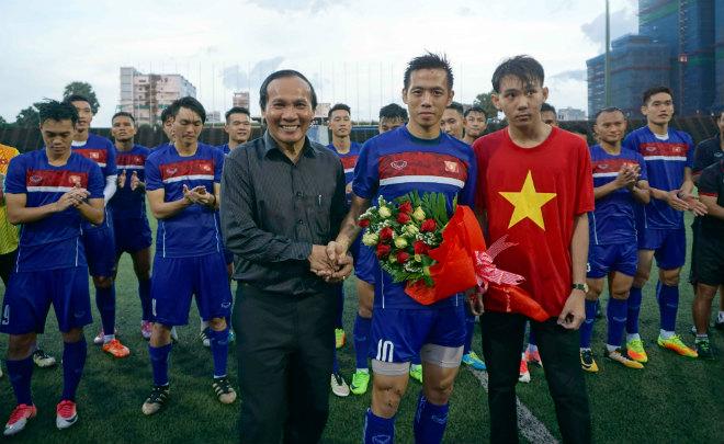 2 cha con họ Thái khiến đội tuyển Việt Nam sững người - 1