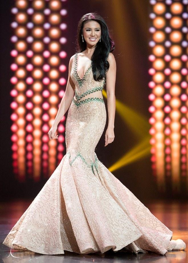 Mỹ nữ nóng bỏng đất nước vạn đảo là Hoa hậu đẹp nhất thế giới 2016 - 11