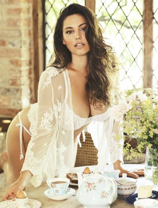 Mỹ nữ thân hình hoàn hảo nhất thế giới tung ảnh nóng bỏng dù bị tố photoshop quá đà - 2