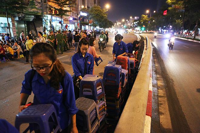 Hàng nghìn người ngồi kín chùa Phúc Khánh tụng kinh Vu Lan - 5