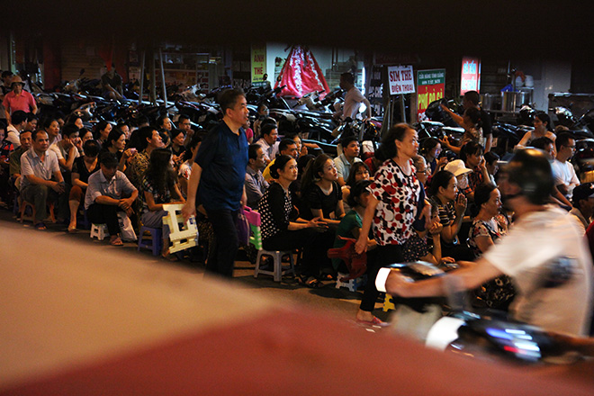 Hàng nghìn người ngồi kín chùa Phúc Khánh tụng kinh Vu Lan - 13