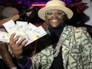 """Thể thao - Đấm gục McGregor, """"Độc cô cầu bại"""" Mayweather cán mốc 1 tỷ USD"""