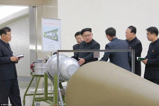"""Kim Jong-un tuyên bố """"đã bắn là Hàn Quốc chết"""" - 1"""