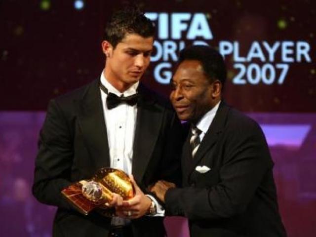 """Ronaldo thăng hoa: Không ăn kiêng, """"cai"""" điện thoại lướt web - 4"""