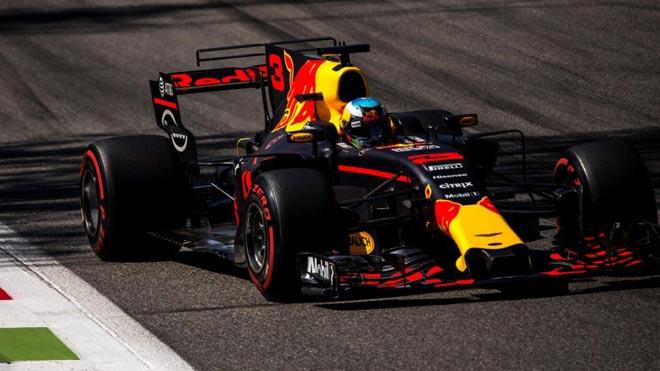 """Đua xe F1, Italian GP: """"Mũi tên bạc"""" bay vút, cho đối thủ """"hít khói"""" - 3"""