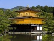 Du lịch - Choáng ngợp ngôi chùa được dát bằng vàng thật ở Nhật Bản