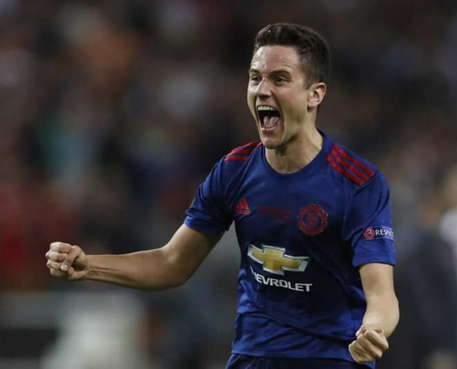 """Messi """"hàng miễn phí"""": MU, Man City có cơ hội? - 3"""