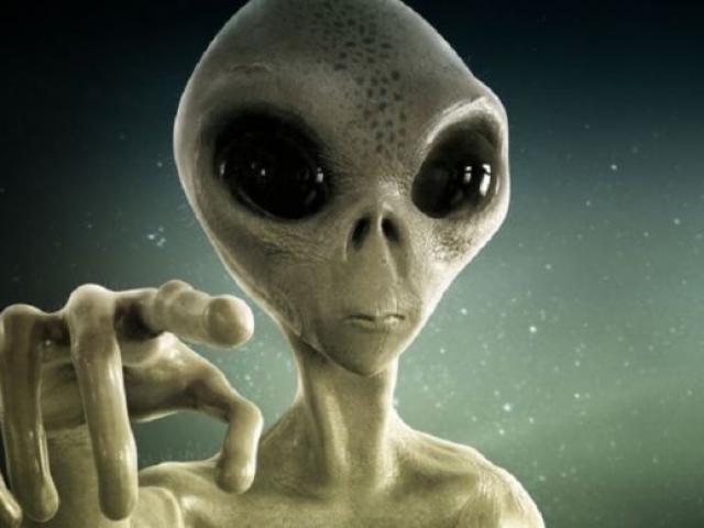 """Cảnh sát Argentina chụp được ảnh """"người ngoài hành tinh"""" - 2"""